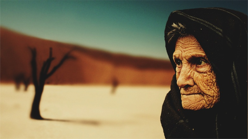 old-woman-574278